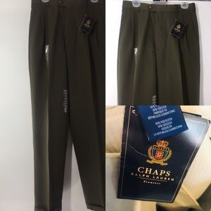 Chaps Ralph Lauren pleated Trousers 32x34